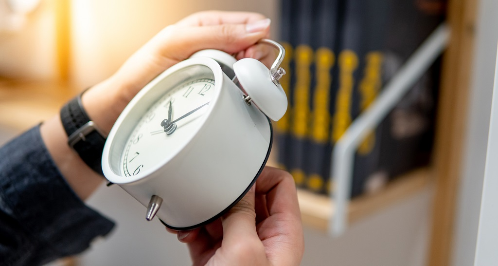 Pros and Cons of Daylight Savings Time